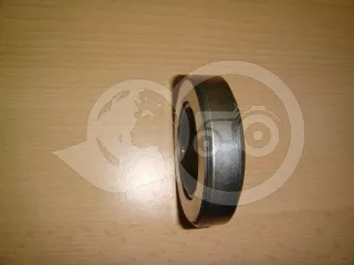 Clutch Release Bearing (Kubota B6001) (1)
